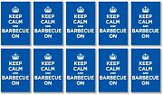 Glänzendes Vinyl Aufkleber Pack: Keep Calm and Grill On Blau Marineblau Azur WW2 WWII Parody Sign (10 Aufkleber, 6,8 x 4,5 cm/6,9 x 4,6 cm)
