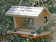 vogelfutterhaus grau g nstig online kaufen lionshome. Black Bedroom Furniture Sets. Home Design Ideas